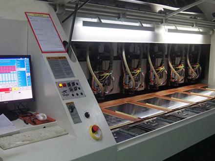 PCB线路板钻孔机