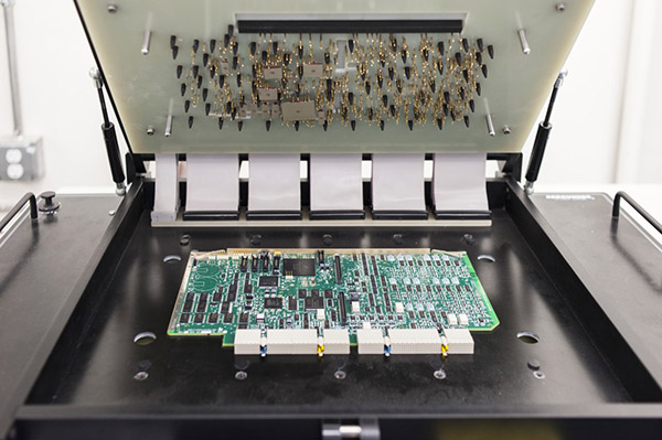 PCBA电路板测试
