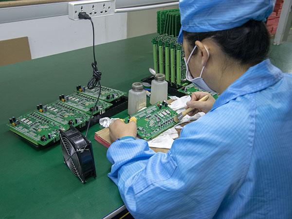 选择PCBA电路板加工厂家的注意事项?